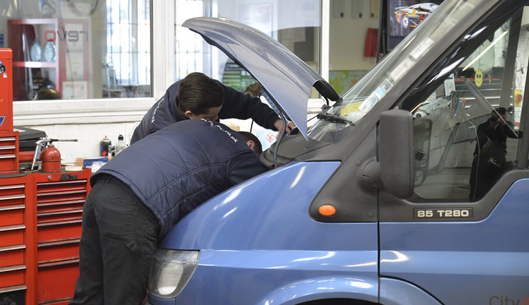 van servicing technicians london